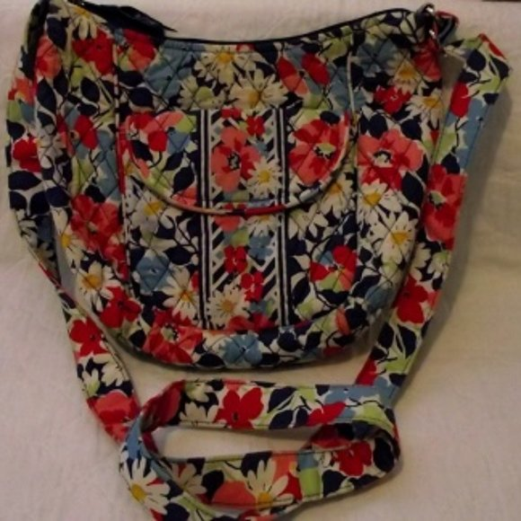 "VERA BRADLEY Purse - ""Summer Cottage"""